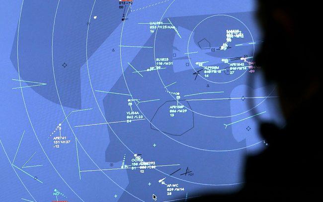 Aiguilleurs du ciel Les Nouveaux défis du contrôle aérien - Idéacom International
